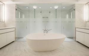 150_72_bathroom